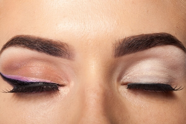 how to make my eyebrows thicker
